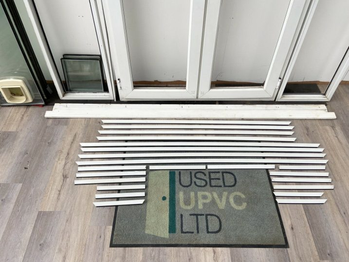 UPVC-PVCU-FRENCH-DOORS-WHITE-SIDE-LIGHTS-DOUBLE-GL-2