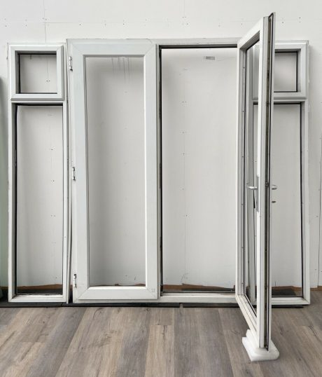 UPVC-PVCU-FRENCH-DOORS-WHITE-SIDE-LIGHTS-DOUBLE-GL-3